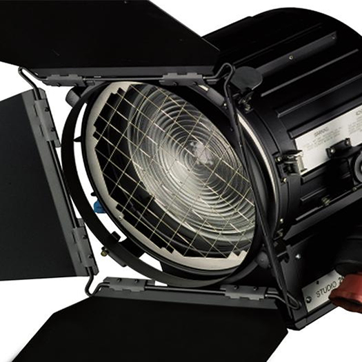 strand_daylight_hmi_1200_lighting_light_fresnel_hire